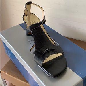 Gatsby heel by Joan & David